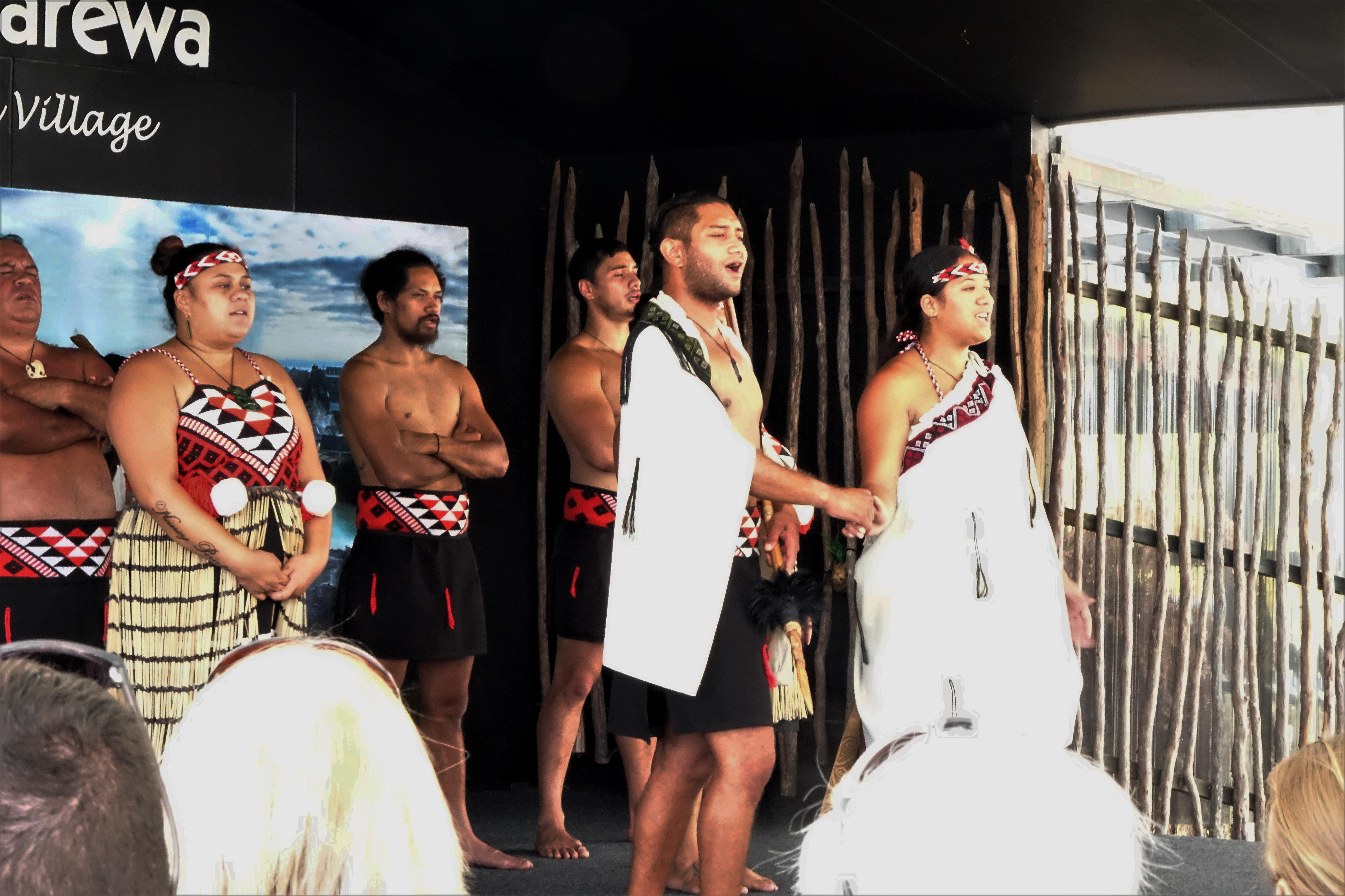 Hinemoa and Tutaneki